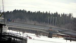 Gångbro övert Borgå å.
