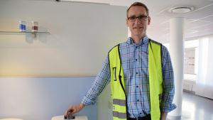 Matts Lundström är platschef på Ido badrums fabrik i Ekenäs.