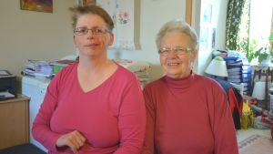 Mona Svenblad och mamma Brita Mustonen.