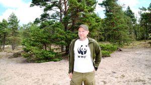 Panu Kunttu från WWF var p plats i Furuvik på talkoläger.