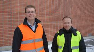 Patrick Pitkänen från St1 och Björn Åkerlund från Alholmens Kraft.