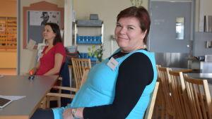 Mia Suominen, viceordförande för valdistriktet vid servicehuset Elsie i Sibbo
