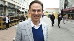EU-kommissionär Jyrki Katainen i Björneborg den 14 juli 2017.