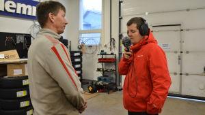 Johan Lustig intervjuar Kaj Mattsson.