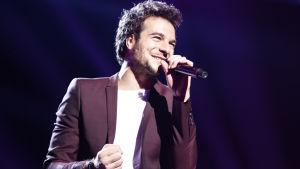 Amir representerar Frankrike i Eurovisionen 2016.
