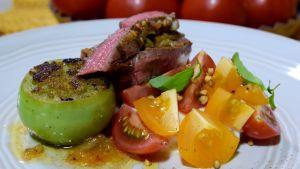 Portion med tomater och kött