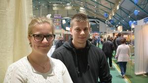 Maria Richardsson och Fredrik Gädda besökte byggmässan i Botniahallen.