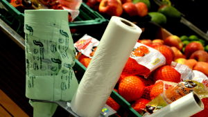 plastpåsar på rulle vid fruktdisken