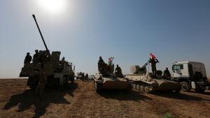 Kurdiska peshmergastyrkor sydost om Mosul i Irak