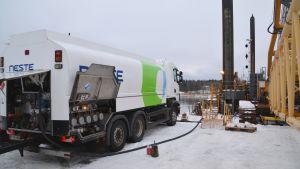 Mudderverk tankas i Lovisa 14.11.16