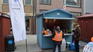 Kristdemokraternas valstuga i Åbo.