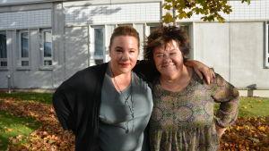 Komikerna Malin Appeltofft och Ann Westin.