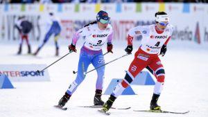 Krista Pärmäkoski och Marit Björgen, skiathlon, VM 2017.