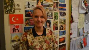 Kata Naaranoja har en magisterexamen i östasiatiska studier med inriktning på Korea