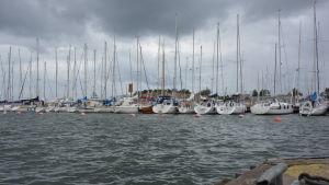 Segelbåtar på rad