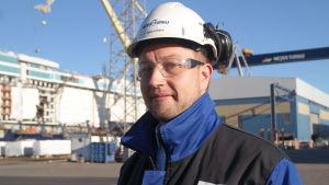 Ekonomidirektör Tuomas Nyberg vid Meyer Turku-varvet i Åbo