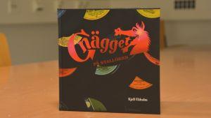 Boken Gnägget på Stallören, skriven av Kjell Ekholm.