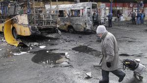 Skadad busstation i Donetsk.
