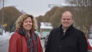 Vasa stads utvecklingsdirektör Susanna Slotte-Kock och Stefan Råback från Vasek.
