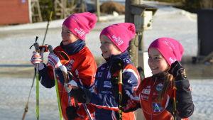 Teodora Westerlund, Ella Liljekvist och Rebecca Sandnäs vann FM-guld.