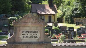 Stupade på kyrkogård i Tyskland