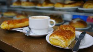 Espanjalainen leivos Napolitana