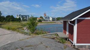 Vy från Fabriksudden mot stranden vid Havsgatan
