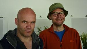 Konstnärerna Tomas Ellers till höger, och David Muth.