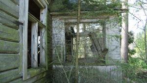 Öde hus i Bolot