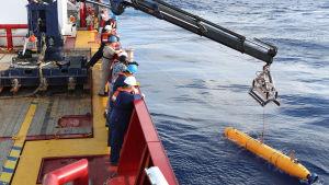 Den obemannade miniubåten Bluefin letar efter MH 370.