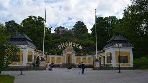 Ingången till Skansen i Stockholm