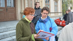 Monika Björk fick Karin Lunds namn på rådhustrappan