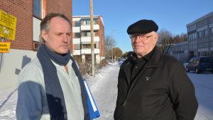Lars Skog och Johan Stoor, ordförande och vice ordförande i Intresseföreningen för en levande skärgård.