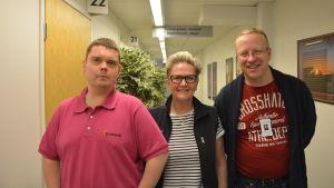 Dimitri Jaaniste, Kristina Brandt och Tapani Schöning driver borreliakliniken på Promedi i Vasa.