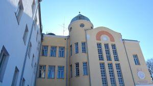 Lovisa gymnasium.