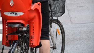 Cykel med barnstol