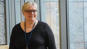 Annika Nurttila är överinspektör på Livsmedelssäkerhetsverket Evira.