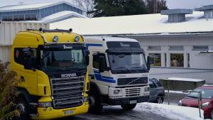 Lastbilar med inveon logo