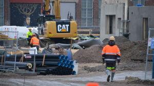 Byggarbetare på bygge
