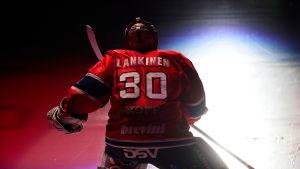 Kevin Lankinen.