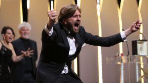 Den svenske regissören Ruben Östlunds film The Square vann årets Guldpalm i Cannes den 28 maj 2017.