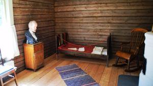 Fanjunkars torp där Aleksis Kivi bodde och författade.