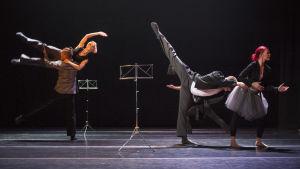 Carl Knifs koreografi Orchestra med Pori Dance Company
