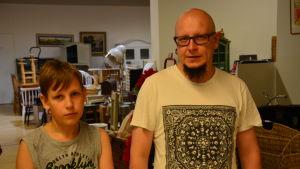 Viljo och Mattias Hellman på Comboloppis