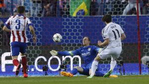 Jan Oblak gjorde matchens räddning när Gareth Bale kom ensam igenom.