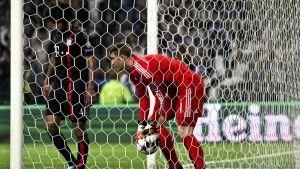 Dante och Neuer mot Porto 2015.