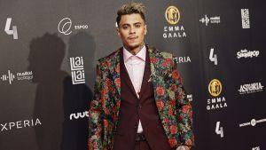 Mikael Gabriel usågs till årets manliga artist på Emmagalan 2017.