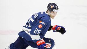 Henrik Haapala börjar vara bofast i finska ishockeylandslaget.