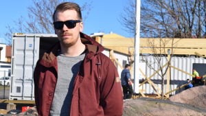 Oscar Cavonius är hamnkapten då Hangö segelfröening tar över gästhamnsverksamheten.