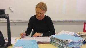 Anna Aminoff vid Ekenäs Högstadieskola.